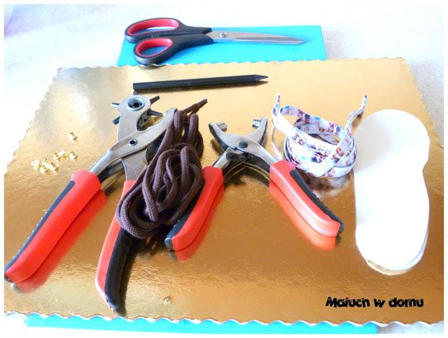 Jak zrobić but do ćwiczenia wiązania sznurówek