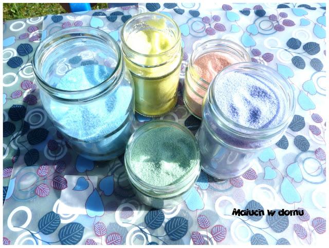 Kolorowa sól barwiona kredą