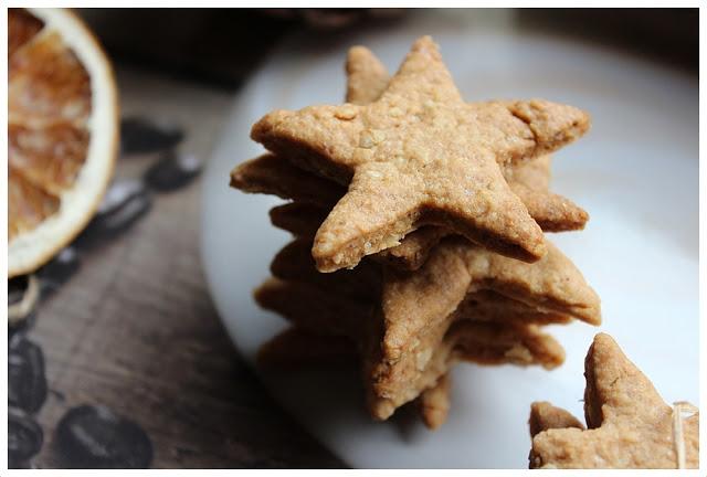 Przepis na kruche ciasteczka orzechowo-migdałowe