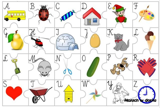 Puzzle z alfabetem