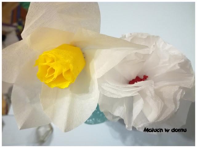 Kwiaty z papieru DIY