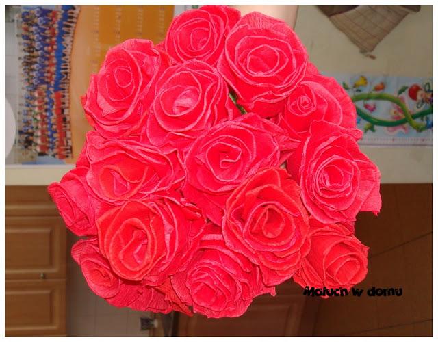 Róże z krepy