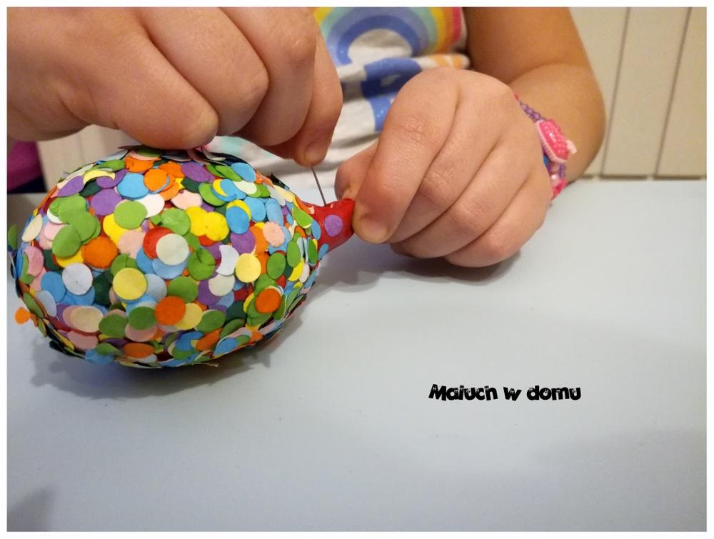 DIY: Pisanka wielkanocna z konfetti